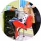 Fotel fryzjerski dla dzieci