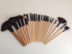 Zestaw Pędzli Do Makijażu-Make Up 24 Szt.